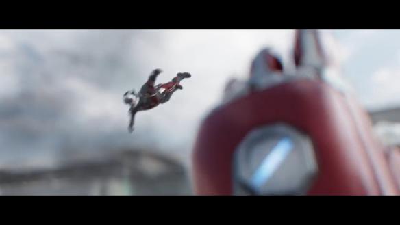 Ant-Man vs Iron Man